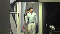浮気調査4:対象者等、笑顔で会話を交わしながら同ホテルを出、駐車場の対象者車両に乗車。